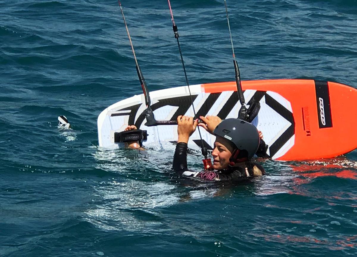 Partire dall'acqua con hydrofoil kitesurf